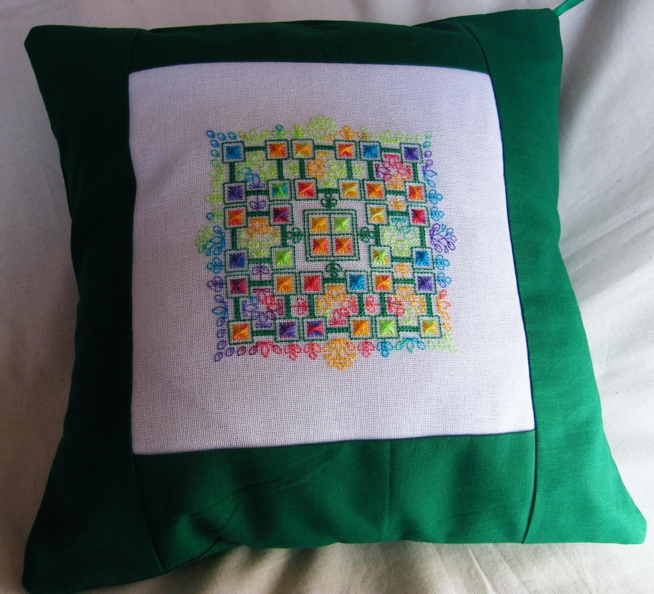 seba designs bliss cushion coussin aiguilleanglaise. Black Bedroom Furniture Sets. Home Design Ideas