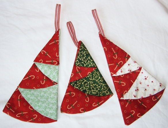 Hangings Set of 3